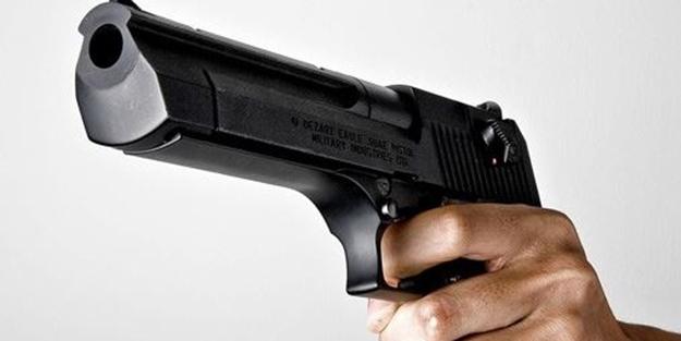 Çekmeköy'de bir kişi silahla yaralandı