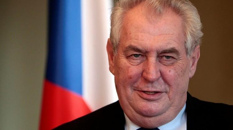 Çekya Devlet Başkanı Zeman 'Rus, ABD ve Çin ajanıyım' dedi