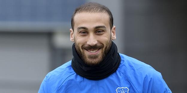 Cenk Tosun Everton'da ilk antrenmana çıktı