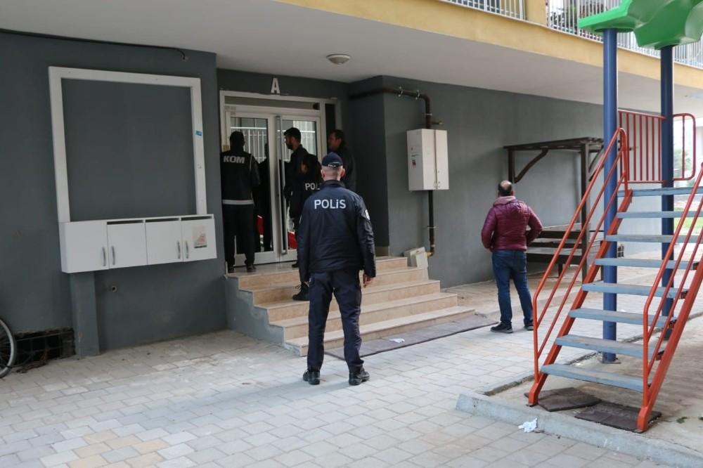 Ceyhan'da FETÖ, tefecilik ve uyuşturucu operasyonu: 10 gözaltı