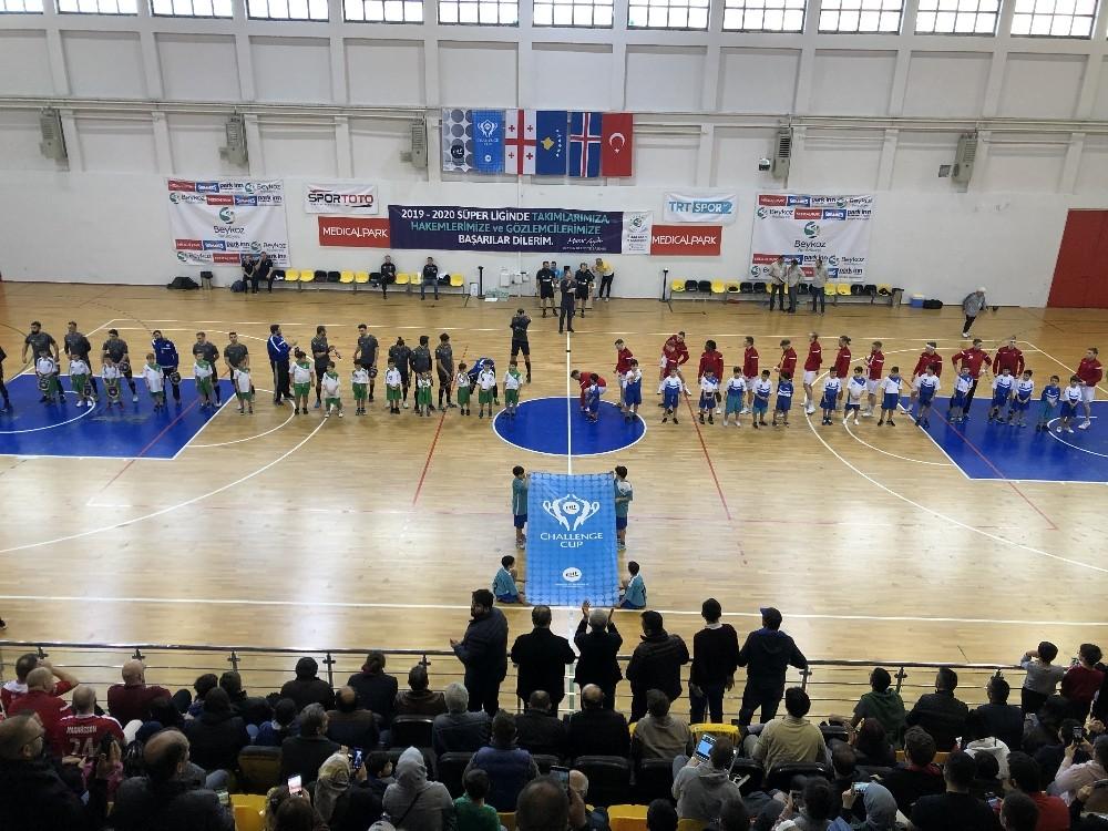 Challenge Kupası: Beykoz Belediyespor: 30 - Valur: 31
