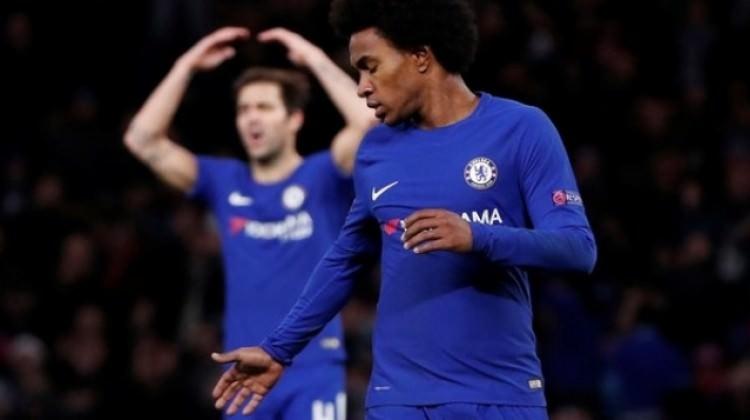 Chelsea liderliği elinden kaçırdı