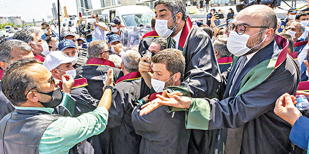 CHP, HDP, Baronlar kaos üretiyor
