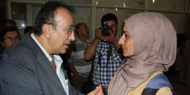 CHP'den başörtülü gazeteciye canlı bomba muamelesi!