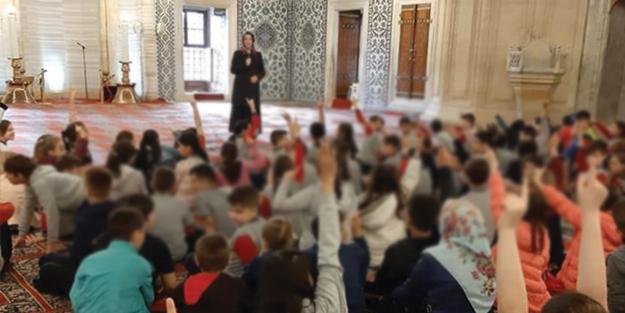 CHP'liler Saadet Partisi'nin sivil toplum örgütlerini hedef aldı