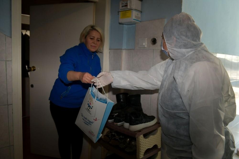 Çiğli'de hasta ve yaşlılara medikal yıkama seti