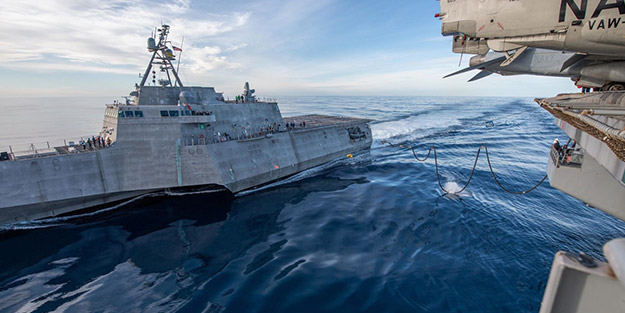 Çin Denizi'nde ortalığın karışmasına ramak kaldı! Çin askerleri ile göz göze geldiler