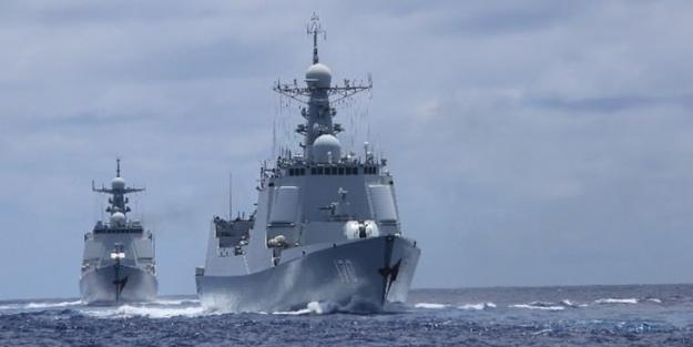 Çin'den ABD'ye karşı askeri hamle! Savaş gemileri karşı karşıya kaldı