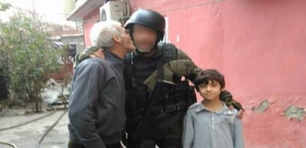 Cizreli amcadan polise teşekkür öpücüğü