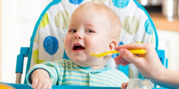 Çocuğunuzu göz hastalıklarından korumak için yumurta yedirin