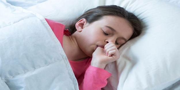 Çocuklarda parmak emme alışkanlığı nasıl bıraktırılır?