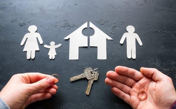 Çocukların velayeti anneye mi babaya mı verilir?   Boşanmada çocuğun velayeti kime verilmeli?