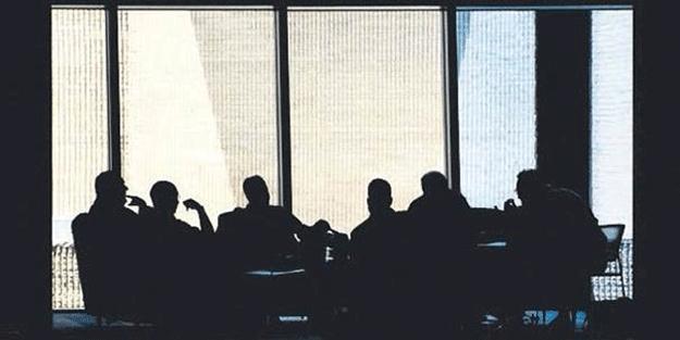 Çok gizli seyahate katılan 30 isim de… Umre'de kripto toplantı