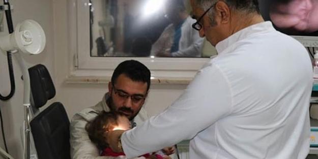 Çok korkuttu: 1 yaşındaki bebeğin boğazından çıktı