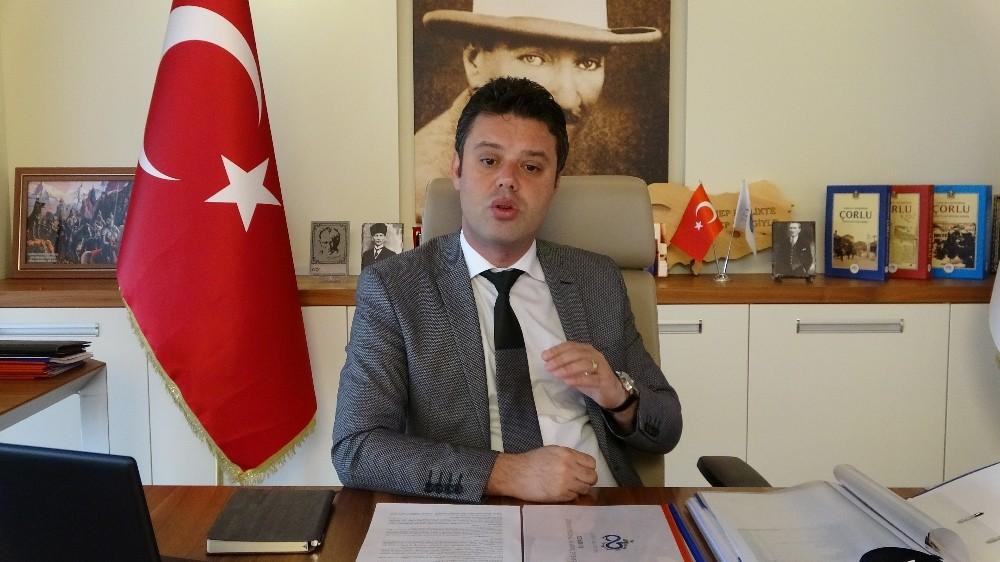 """Çorlu Belediye Başkanı Sarıkurt: """"Milletçe mücadele edilmesi gereken dönemdeyiz"""""""