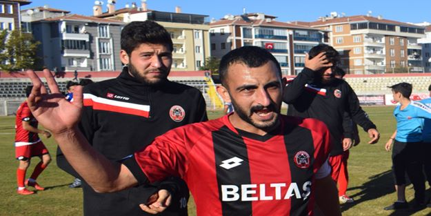 Çorum Belediyespor kaptanı Oğuzhan Yalçın: Bu işi bu sezon bitireceğiz
