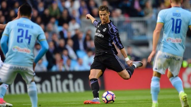 Cristiano Ronaldo Real Madrid'i zirveye taşıdı!