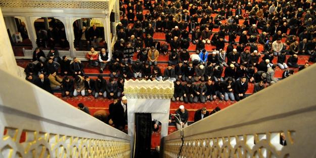 Cuma günü biz Müslümanlar için neden önemlidir?