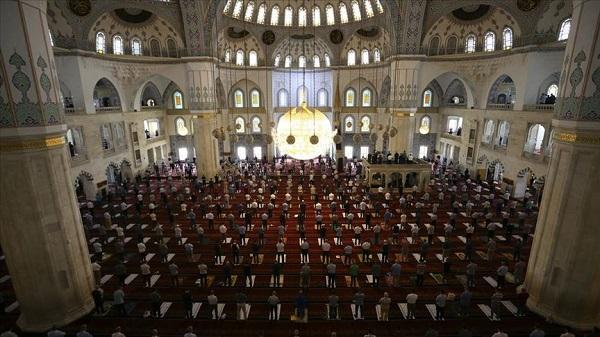 Cuma namazı kaçta kılınacak? 15 Ocak Ankara İstanbul İzmir Trabzon cuma saati