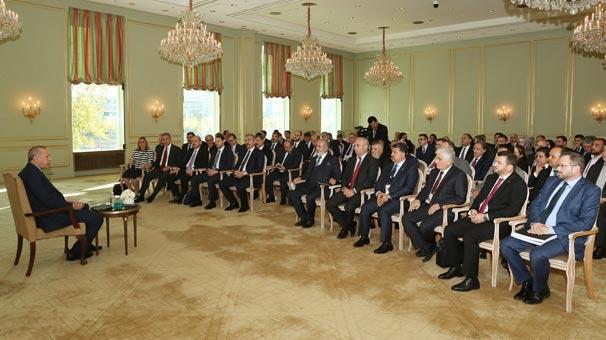 Cumhurbaşkanı Erdoğan, Berlin'de Türk sivil toplum kuruluşlarının temsilcileriyle görüştü