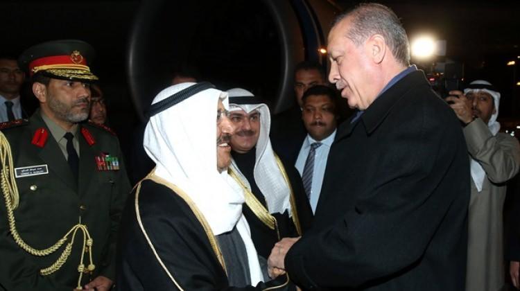 Cumhurbaşkanı Erdoğan bizzat karşıladı! Kuveyt emiri Ankara'da