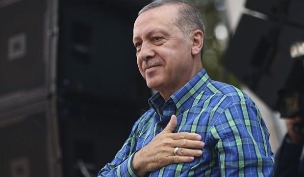 Cumhurbaşkanı Erdoğan rekor oy aldı, telefona sarıldı...
