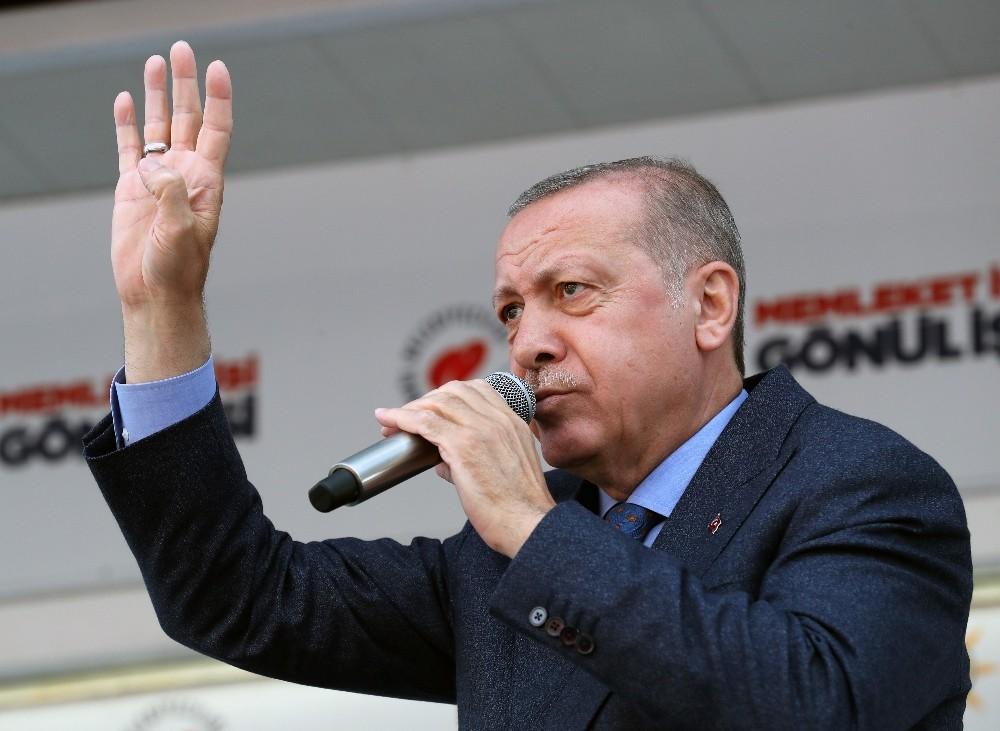 Cumhurbaşkanı Erdoğan: Terbiyesize bak 'İslam dünyasından kaynaklanan terör' diyor