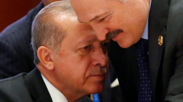 Cumhurbaşkanı Erdoğan ve Lukaşenko'nun dikkati çeken sohbeti
