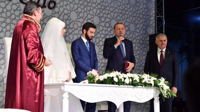 Cumhurbaşkanı Erdoğan ve Yıldırım nikah şahidi oldu