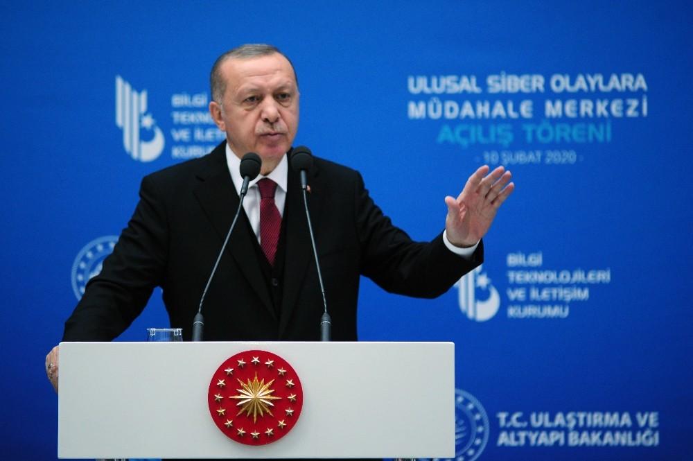 """Cumhurbaşkanı Erdoğan: """"Yerli 5G teknolojinin altyapısını kurmadan 5G'ye geçemeyiz"""""""