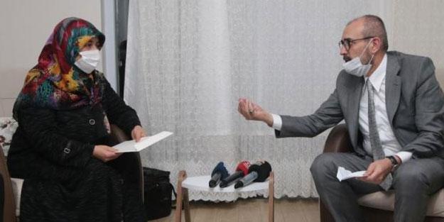 Cumhurbaşkanı Erdoğan'dan anlamlı hediye! Ünal teslim etti