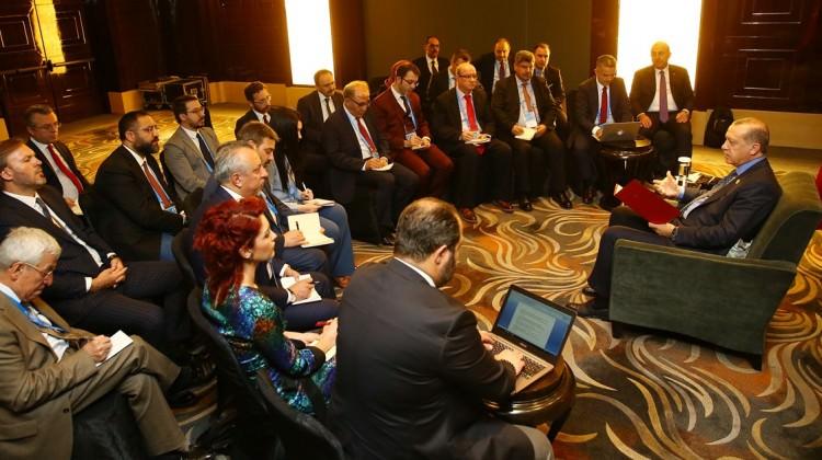 Cumhurbaşkanı Erdoğan'dan gazetecilere önemli açıklamalar