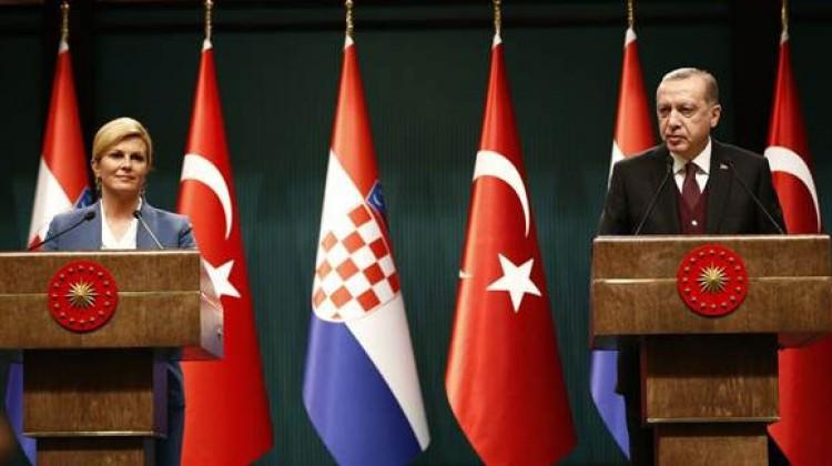 Cumhurbaşkanı Recep Tayyip Erdoğan, Domagoj Vida transferiyle ilgili açıklama yaptı 94