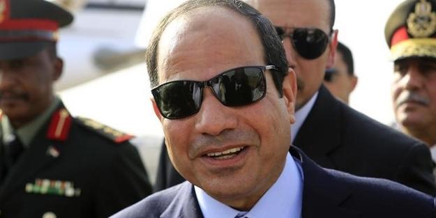 Diktatör Sisi'nin seçimlerdeki tek rakibi Sisi'yi destekliyor