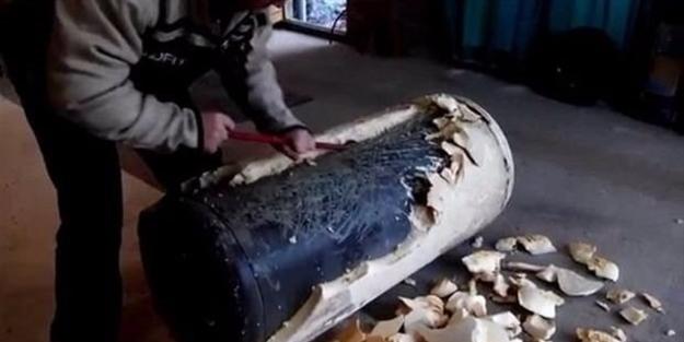 Çürümüş su ısıtıcısını mangala dönüştürdü