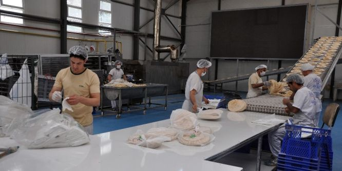 İHH'danSuriye'ye 18 milyon ekmek