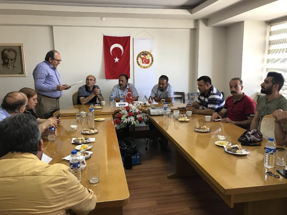 DAGC Başkanı Özsoy, yerel basının sıkıntılarını dile getirdi