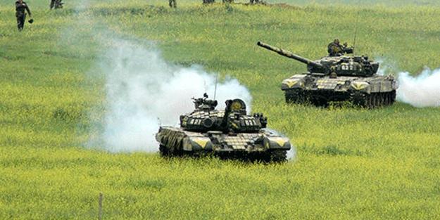 Dağlık Karabağ'da tanklar yan yana dizildi! Cumartesi yer yerinden oynayacak....