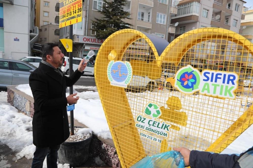 Daha temiz ve yaşanılabilir bir Nevşehir için, pet şişeler kumbaraya