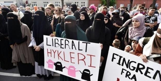Danimarka'dan Müslümanlara örtündüğü için skandal ceza!