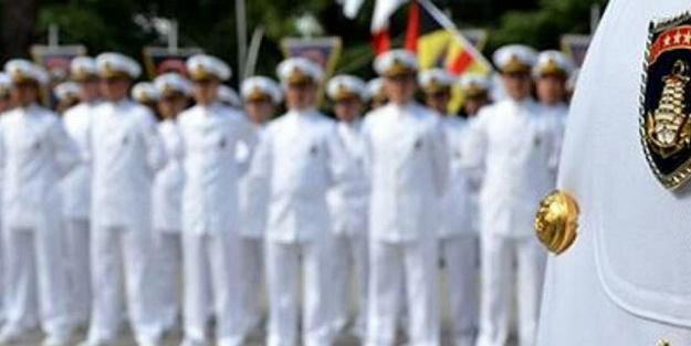 Darbeci amirallerin alçak bildirisinde İYİ Parti izi