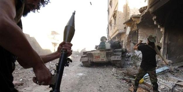 Darbeci Hafter güçleri yerleşim bölgelerini vurdu