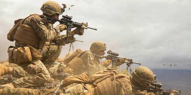 """""""Darbeden korkuyor"""" deyip açıkladı: Orduda isyan çıkacak!"""