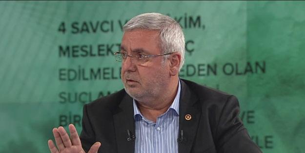 Davutoğlu ve ekibinin AK Parti'den 'ihraç' kararını değerlendiren Metiner: Davutoğlu'nun ihraçtan şikayetçi olmaya hakkı yok