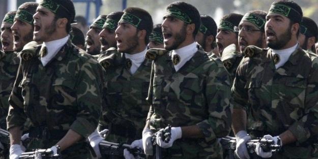 Teröristler ile İran askeri çatıştı: Ölüler var