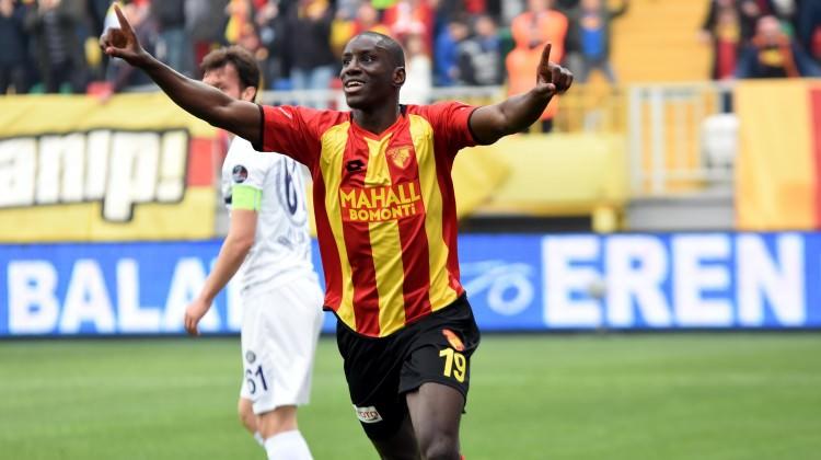Galatasaraydan Demba Ba konusunda resmi açıklama 37