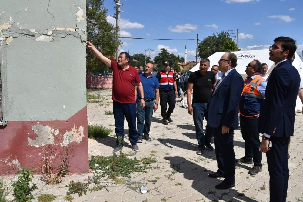 Denizli Depremi'nde Afyonkarahisar'da 224 evde ağır hasar gördü