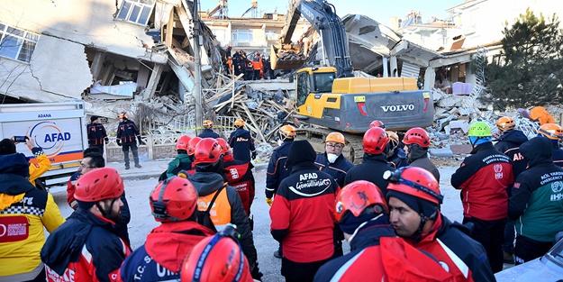 Depremde yaralanan vatandaşlar dehşet anlarını böyle anlattı