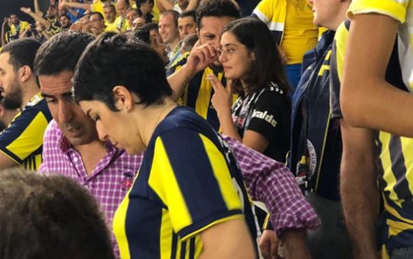 Derbide Beşiktaş formasıyla Fenerbahçe tribününde!