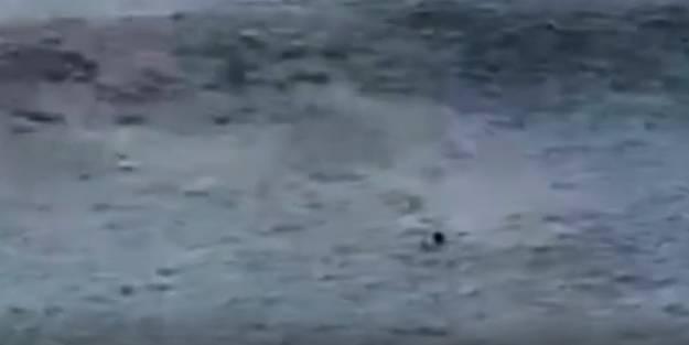 Dev dalgalar resmen yuttu! Herkesin gözü önünde böyle boğuldu